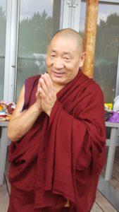 Lama bouddhiste ayant transmis un des enseignements